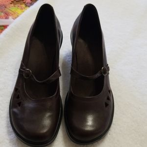 Clark's leather wedges 8